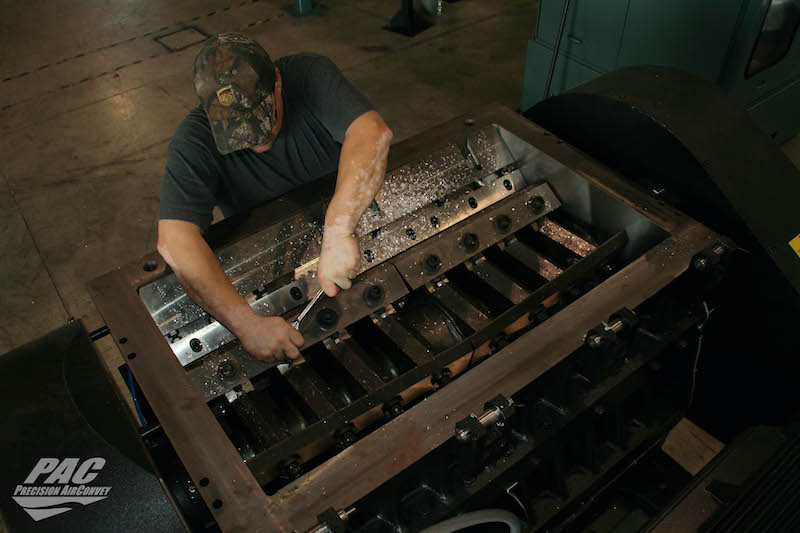 PAC servicing equipment